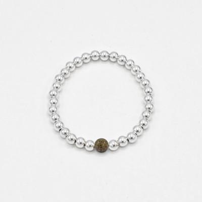 Fetiche charm fluorita, perla y plata