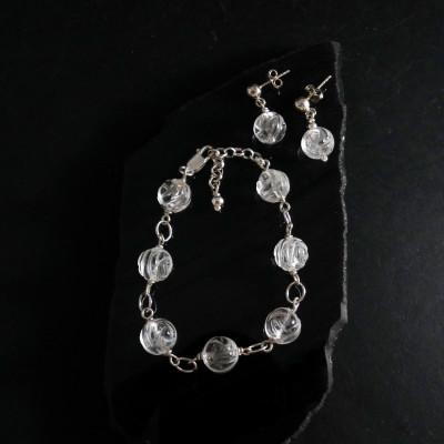 Pulsera de cuarzo cristal de roca tallado y plata de 1ª ley