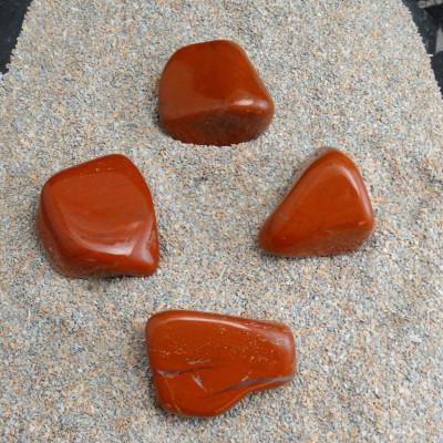 Rodado jaspe rojo mediano