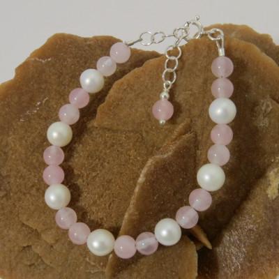 Pulsera Cuarzo Rosa, Perlas de Nácar y plata 1ª ley