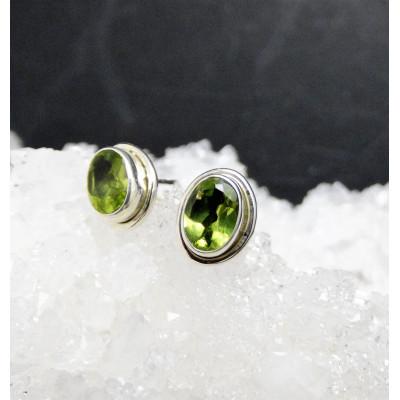 Pendientes de olivino y plata de 1ª ley