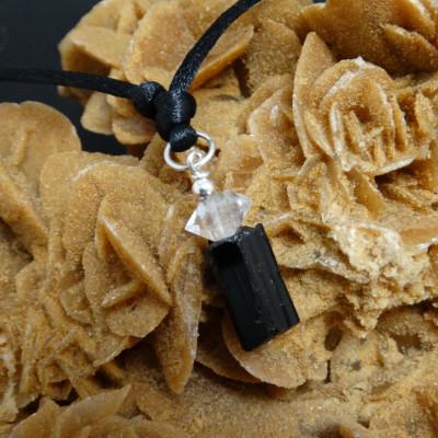 Colgante de turmalina negra, cuarzo cristal de roca y plata de 1ª ley