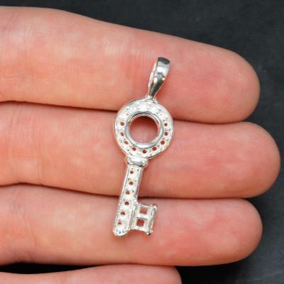 Colgante llave en plata 925 mm