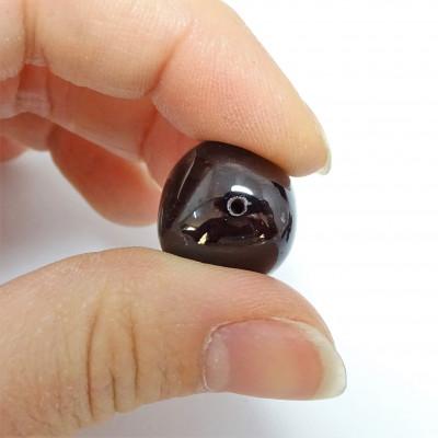 Rodado granate con taladro pequeño